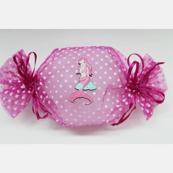 Μπομπονιέρα βάπτισης καραμέλα ροζ πουά με ξύλινη γοργόνα